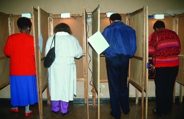 Voting shutterstock_265981445